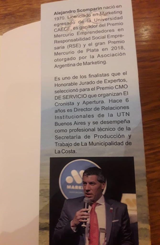 La presentación fue moderada por Mariano Fernández Madero, director Ejecutivo de la Asociación Argentina de Marketing, y la periodista Dolores Caviglia, autora de dos capítulos del libro.