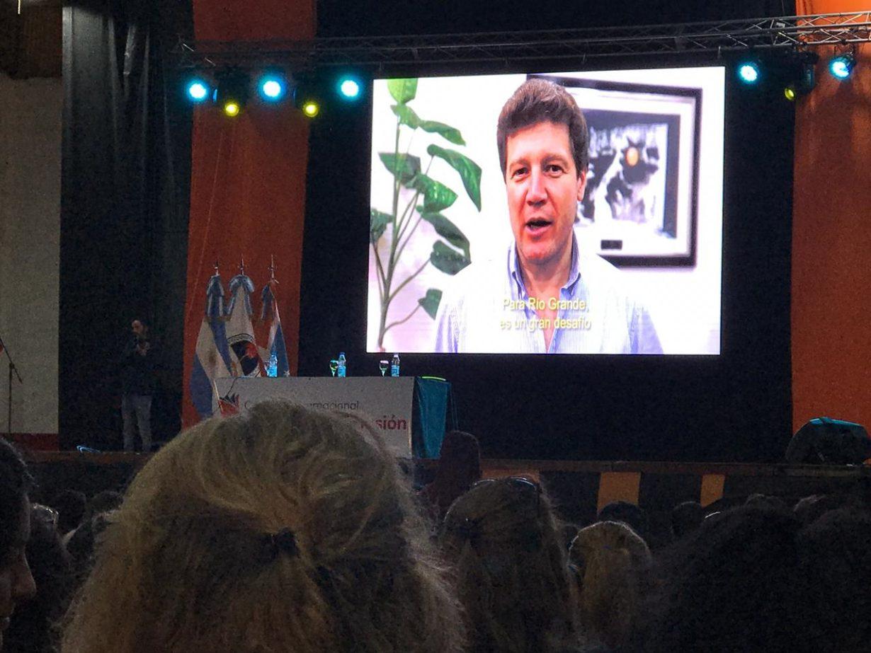 """""""El tercer Congreso Internacional será organizado por el Ministerio de Educación de la Provincia de Tierra del Fuego, Antártida e Islas del Atlántico Sur"""", anunció el Gobernador electo Gustavo Melella."""
