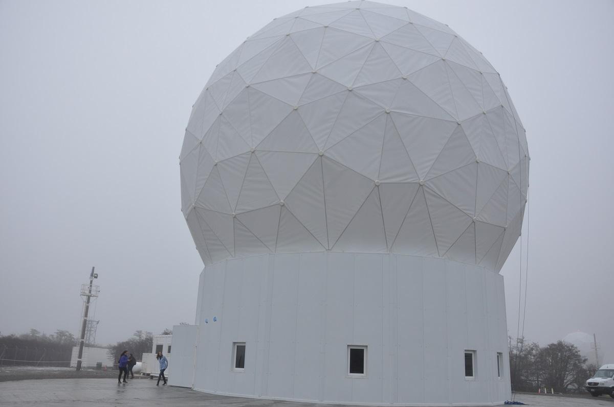 La Estación Terrena Tierra del Fuego en Tolhuin será la primera en recibir datos del satélite argentino SAOCOM - 1B.