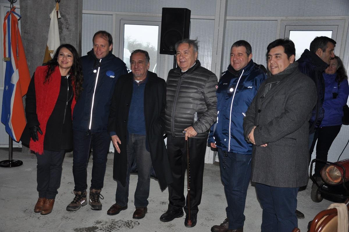 """Ferreyra observó que """"Tierra del Fuego es una de las tres provincias con equipamiento espacial""""."""